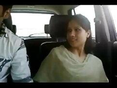 18yo हिंदी में सेक्सी मूवी वीडियो में कॉलेज के छात्र पैसे के लिए fucks