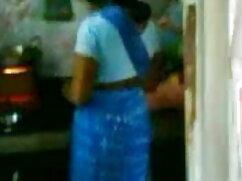 अपस्कर्ट स्कूल गर्ल्स ने यूनिफार्म और सेक्सी हिंदी पिक्चर मूवी मिस्क्रीस पहने हुए