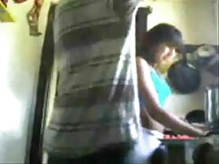 विशाल चूची किशोर फूहड़ बेट्स और स्तन FMJ सेक्सी मूवी हिंदी सेक्सी मूवी दिखाता है